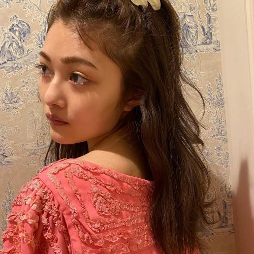 【井上咲楽キャプ画像】太眉辞めて美人になったけど元々エロボディなんだよなぁw 52