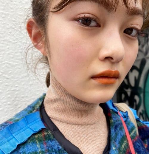 【井上咲楽キャプ画像】太眉辞めて美人になったけど元々エロボディなんだよなぁw 68