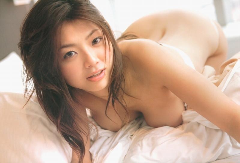 【相澤仁美グラビア画像】Iカップ爆乳ボディがエロかったグラビアアイドル 30