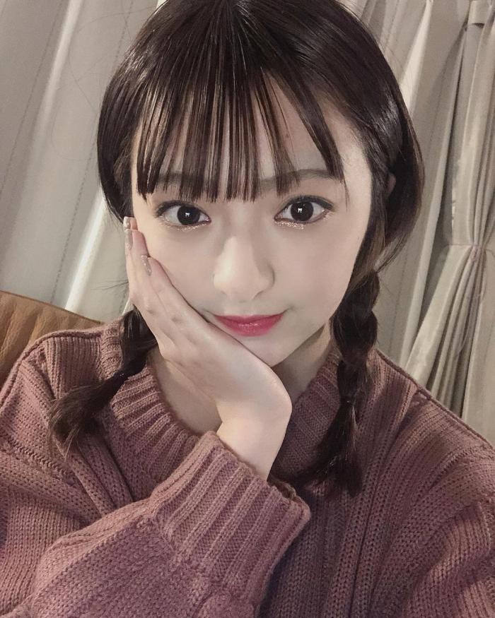 【佐藤七海お宝画像】谷間全開!初水着グラビアやアイドル時代の出演シーン 11