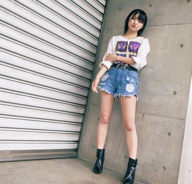【佐藤七海お宝画像】谷間全開!初水着グラビアやアイドル時代の出演シーン 15