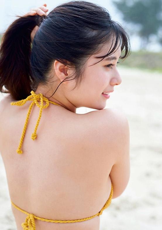 【大久保桜子グラビア画像】22歳の若さでもう熟れた色気を感じるんだがw 15