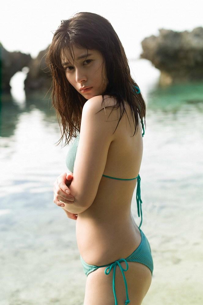 【大久保桜子グラビア画像】22歳の若さでもう熟れた色気を感じるんだがw 41