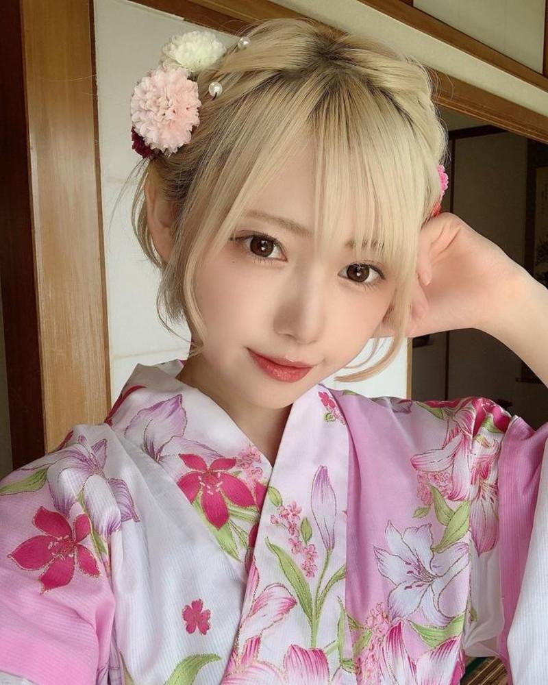 【篠崎こころグラビア画像】モデルにコスプレに女優とマルチに頑張ってる元アイドル 64