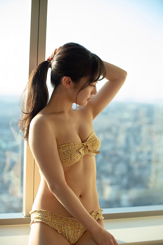 【川上千尋グラビア画像】ストレートの黒髪ロングがキレイなスタイル抜群美少女 69