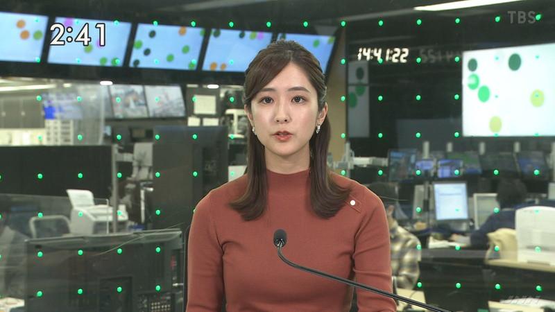 【田村真子キャプ画像】TBS女子アナウンサーのニット越しおっぱい! 09