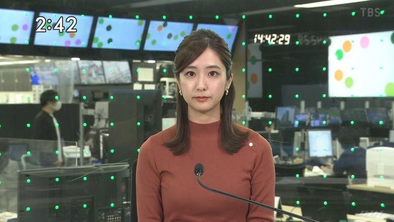 【田村真子キャプ画像】TBS女子アナウンサーのニット越しおっぱい! 10