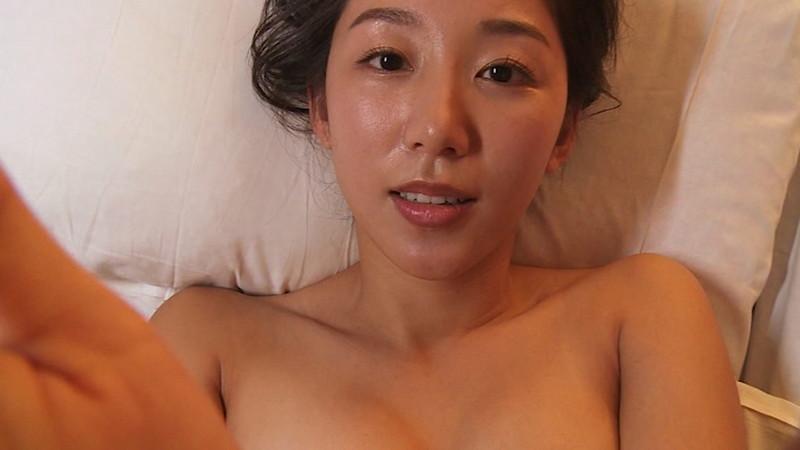 【澤山璃奈キャプ画像】熟女になっても引き締まったEカップくびれボディがエロい 37