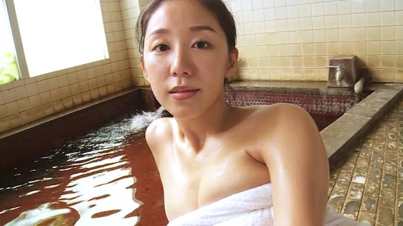 【澤山璃奈キャプ画像】熟女になっても引き締まったEカップくびれボディがエロい 47