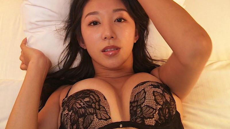 【澤山璃奈キャプ画像】熟女になっても引き締まったEカップくびれボディがエロい 60