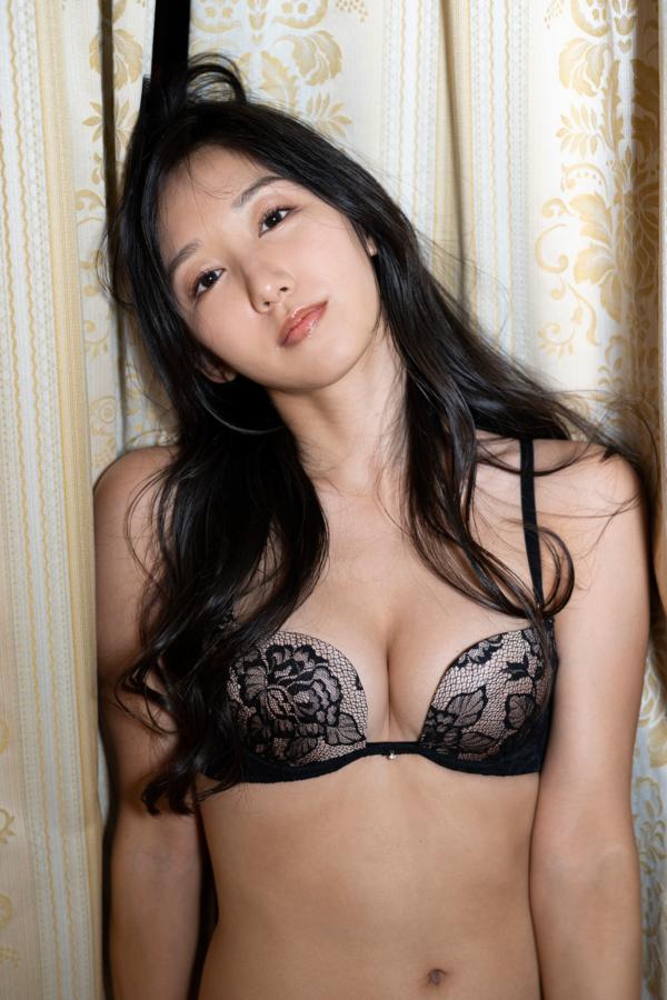 【澤山璃奈キャプ画像】熟女になっても引き締まったEカップくびれボディがエロい 80