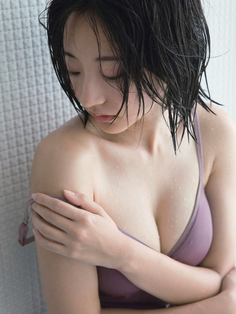 【武田玲奈グラビア画像】あどけない感じの表情が可愛いグラビアアイドル 68