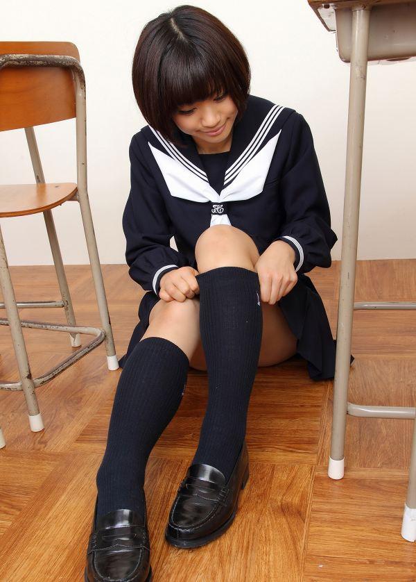 【安枝瞳グラビア画像】95cmもある大きく綺麗なお尻が最高過ぎる! 29