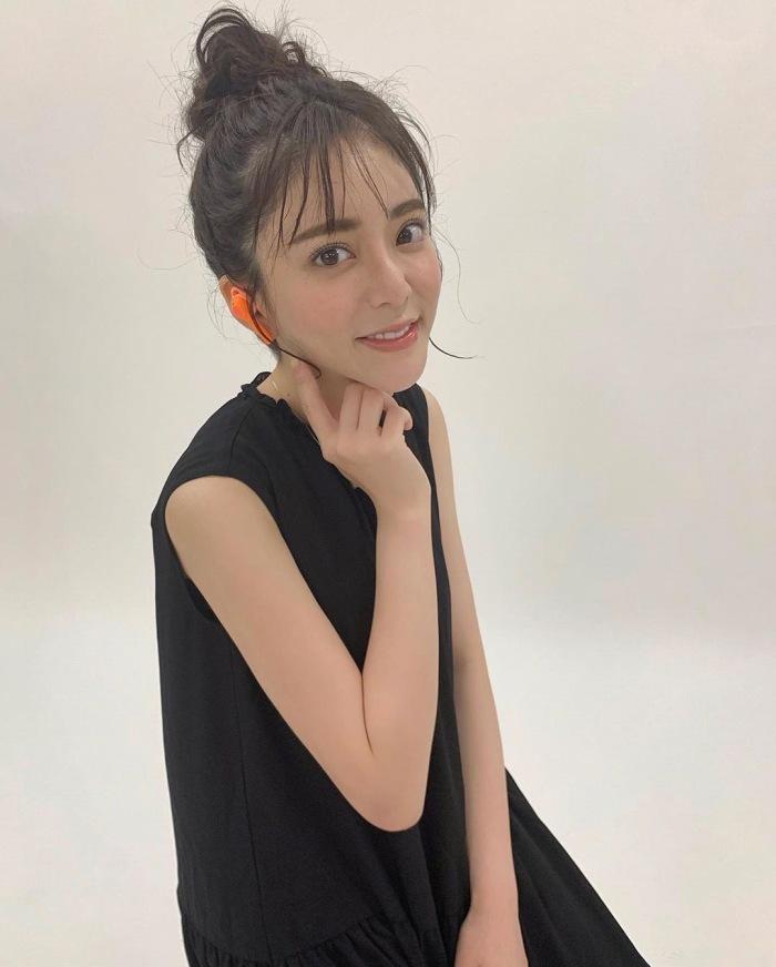 【谷あさこエロ画像】大食いタレントとして人気を得ちゃった女子アナw 20