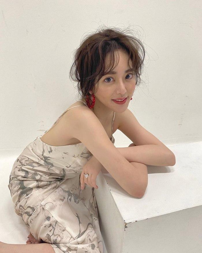 【谷あさこエロ画像】大食いタレントとして人気を得ちゃった女子アナw 32