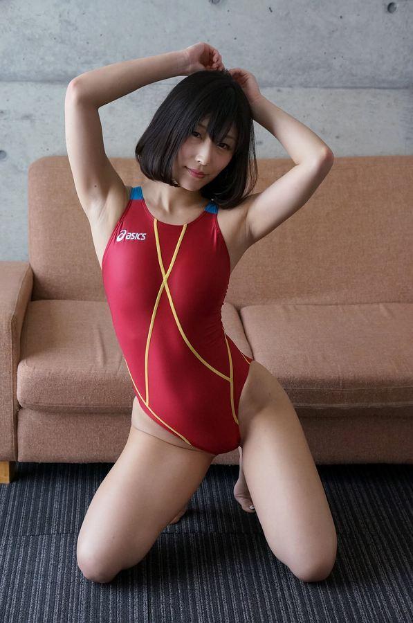 【柚木しおりグラビア画像】股間を接写で大胆に見せてくれたハイレグ美女 27