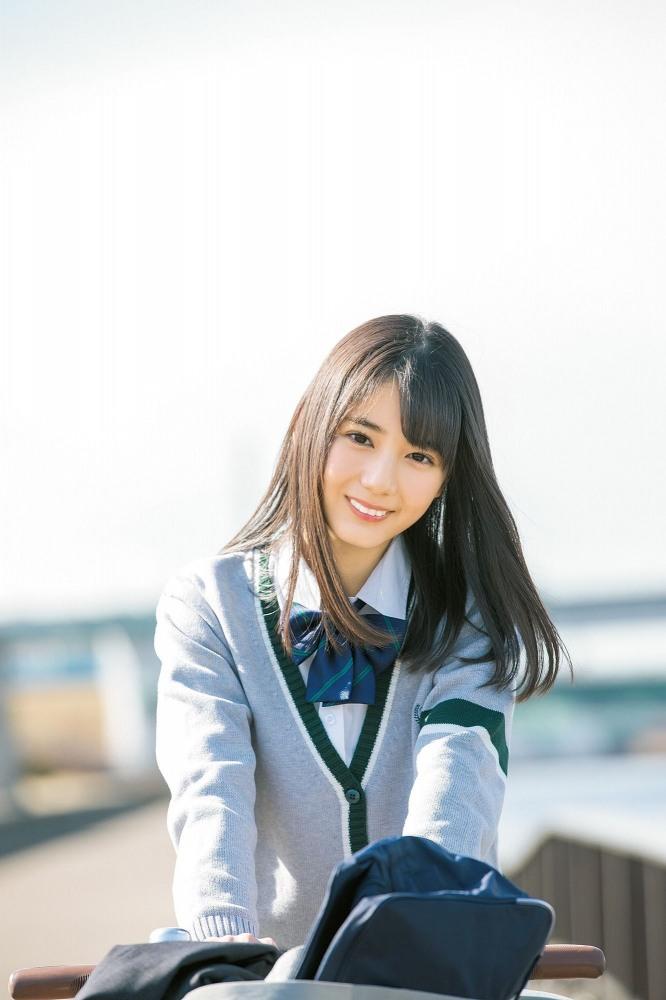 【小坂菜緒キャプ画像】日向坂46美少女アイドルのめっちゃ可愛い顔アップ! 33