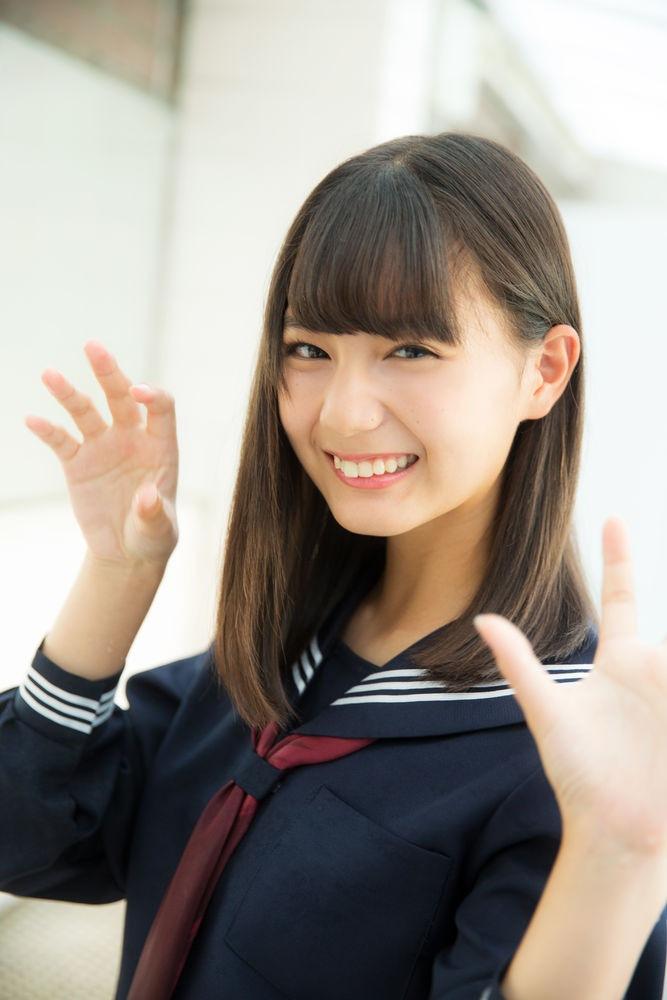 【小坂菜緒キャプ画像】日向坂46美少女アイドルのめっちゃ可愛い顔アップ! 42