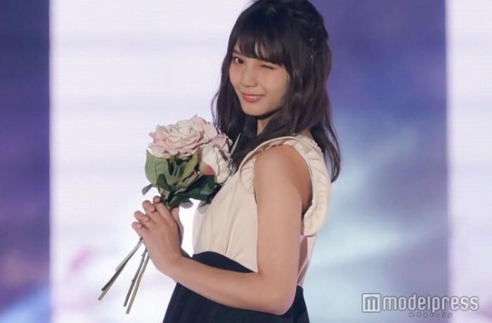【小坂菜緒キャプ画像】日向坂46美少女アイドルのめっちゃ可愛い顔アップ! 77