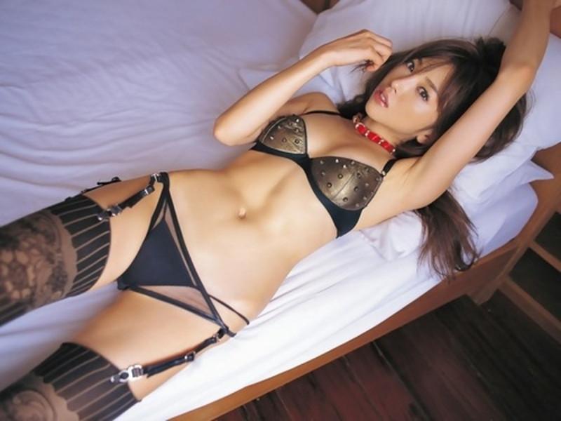 【山崎みどりお宝画像】レースクイーン時代に撮ったセクシーグラビア! 45