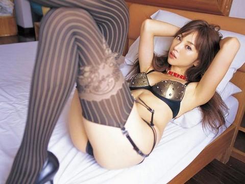 【山崎みどりお宝画像】レースクイーン時代に撮ったセクシーグラビア! 46