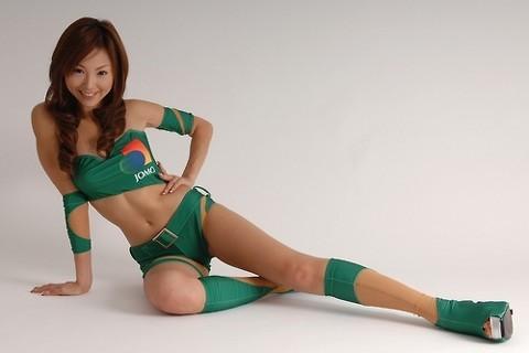 【山崎みどりお宝画像】レースクイーン時代に撮ったセクシーグラビア! 48