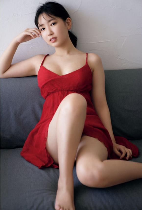 【沢口愛華グラビア画像】まだまだ現役女子高生のFカップ美少女グラドル 03