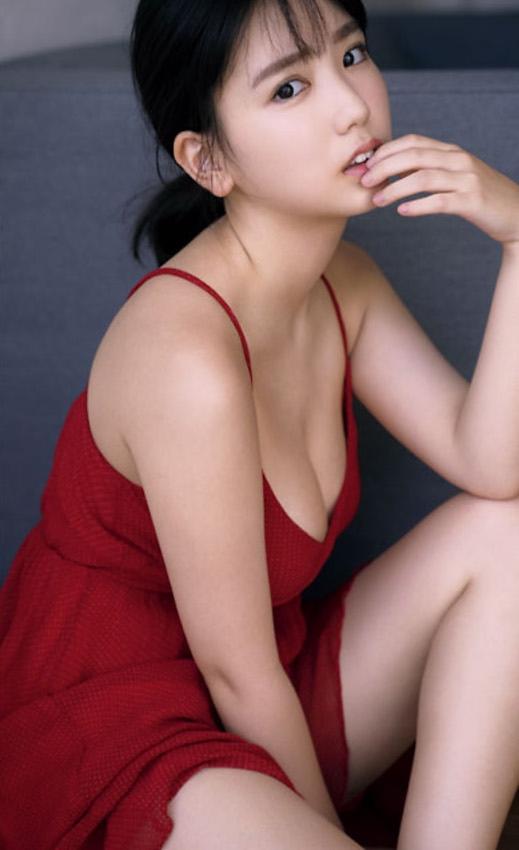 【沢口愛華グラビア画像】まだまだ現役女子高生のFカップ美少女グラドル 56