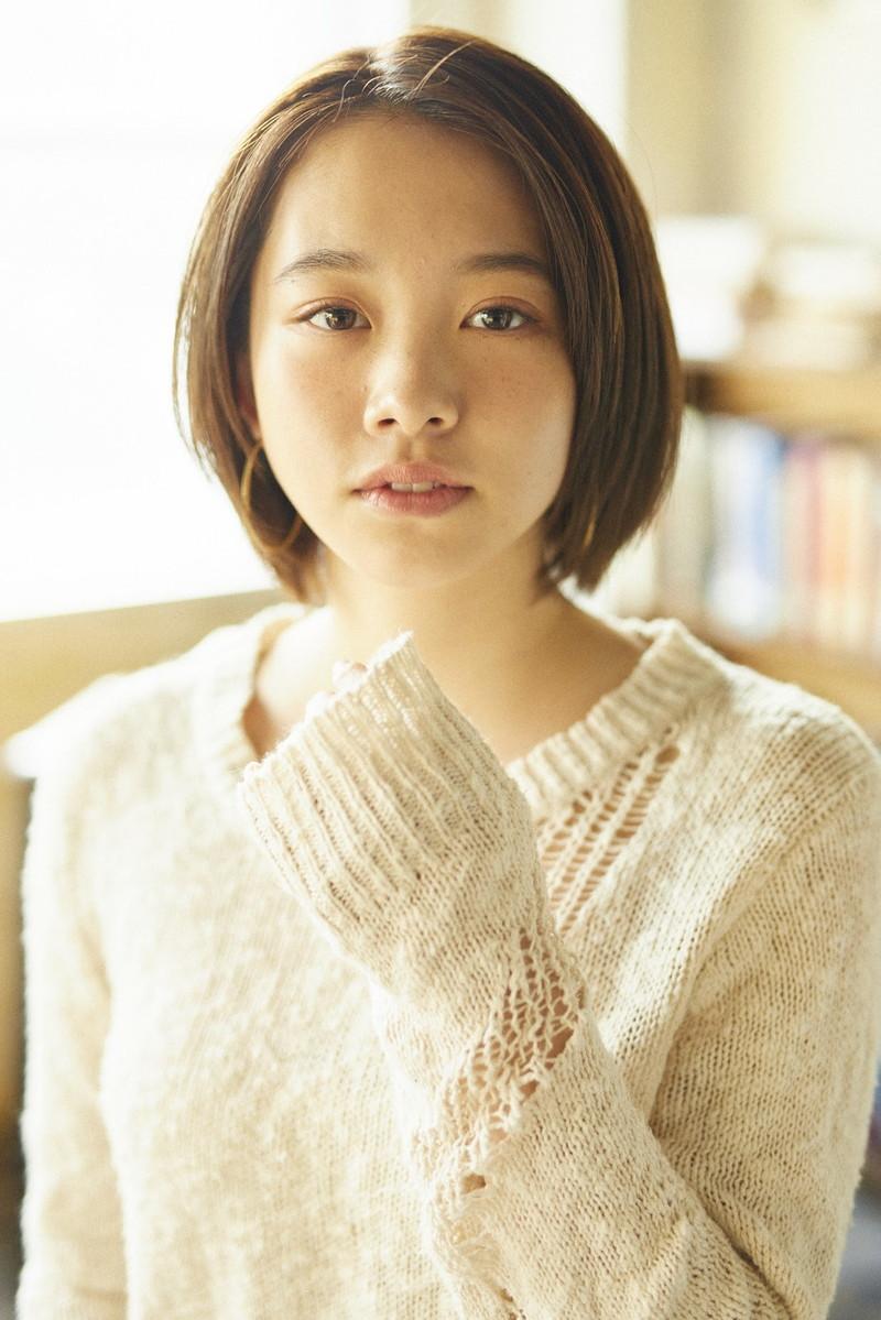 【新田あゆなグラビア画像】ショートカットが似合って可愛いミスコン美少女 10