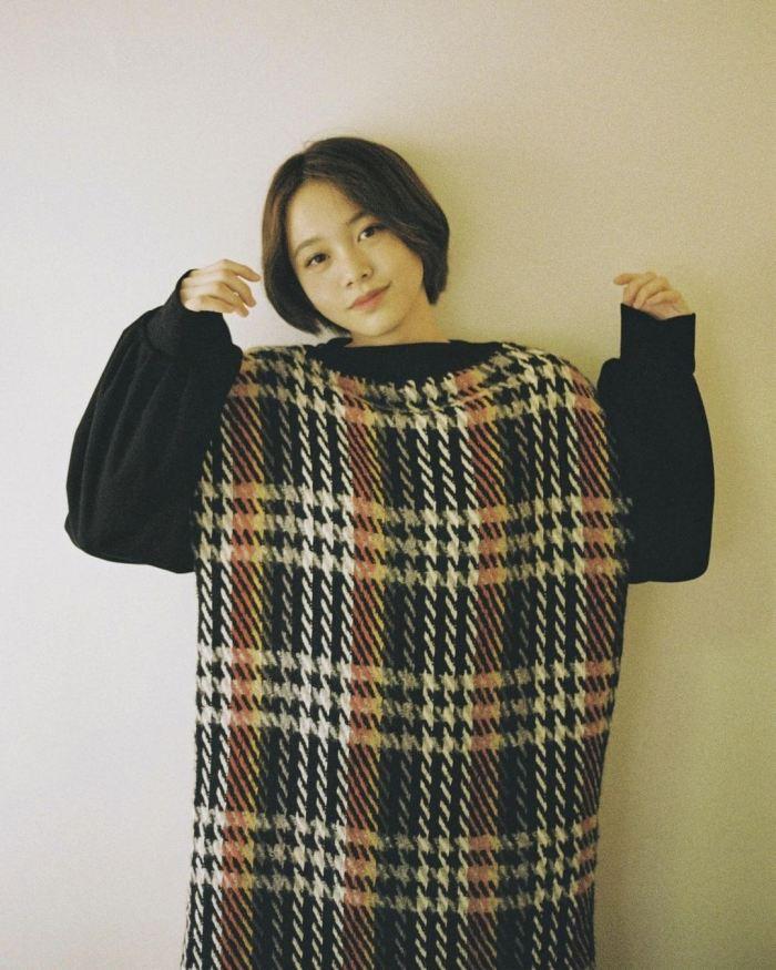 【新田あゆなグラビア画像】ショートカットが似合って可愛いミスコン美少女 67