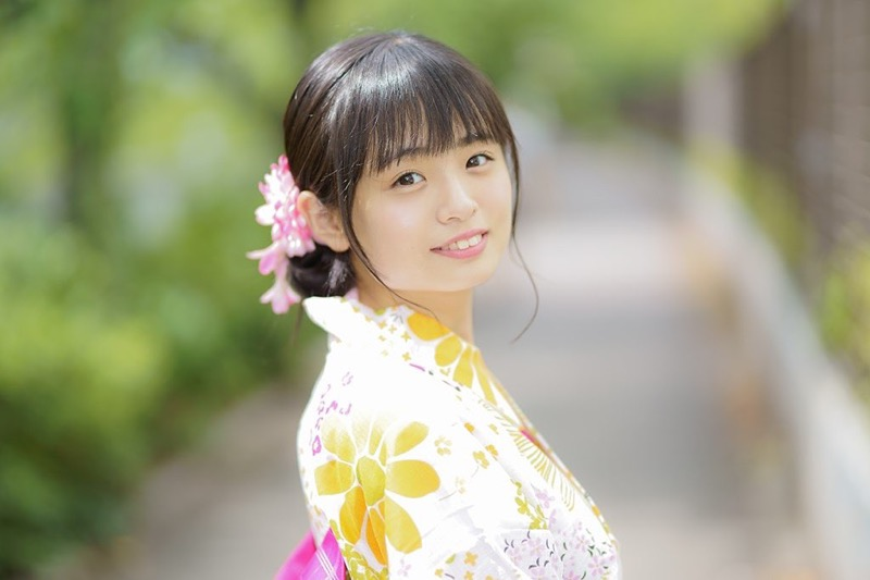 【西葉瑞希エロ画像】平成最後のロリ巨乳と称される童顔アイドルのグラビア!