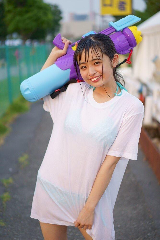 【西葉瑞希エロ画像】平成最後のロリ巨乳と称される童顔アイドルのグラビア! 34