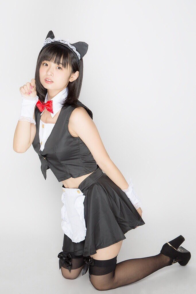【西葉瑞希エロ画像】平成最後のロリ巨乳と称される童顔アイドルのグラビア! 71