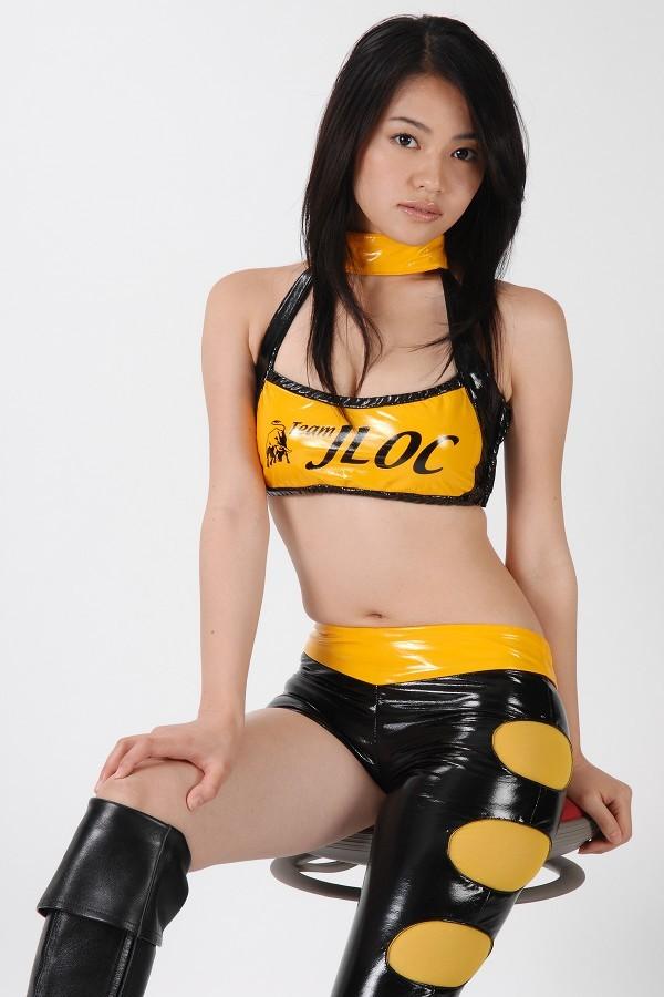 【山口愛実エロ画像】元セクシー系グラドルが撮ってた疑似フェラがこちら 58
