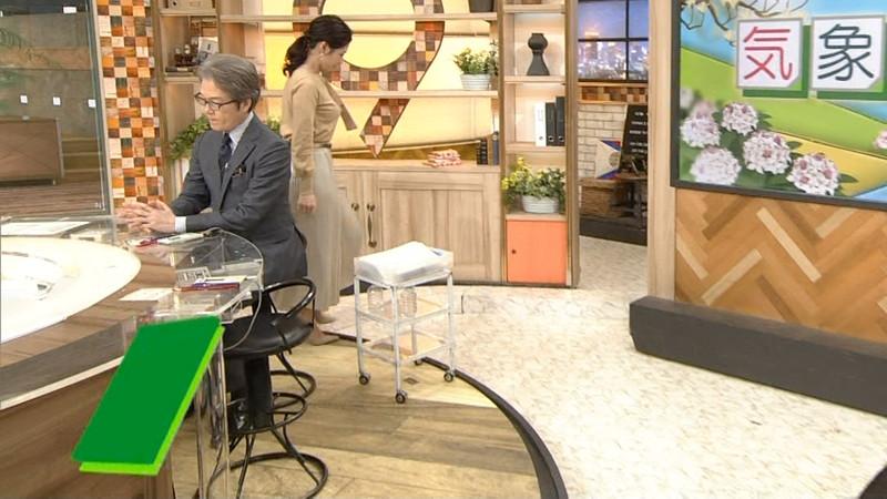 【桑子真帆キャプ画像】意外とオッパイが大きいNHK女子アナウンサーw 50