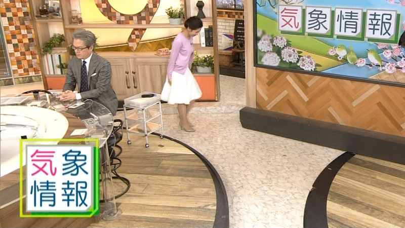 【桑子真帆キャプ画像】意外とオッパイが大きいNHK女子アナウンサーw 57
