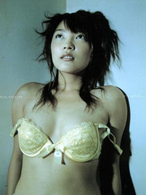 【山田まりあお宝画像】クレヨンしんちゃんが好きなアイドルだったわwwww 17