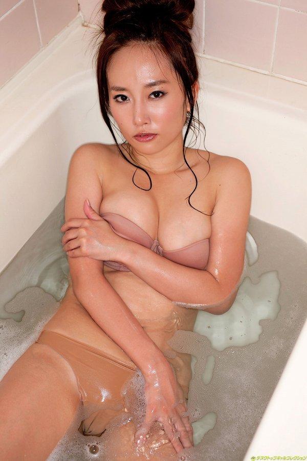 【山中絢子お宝画像】恵比寿マスカッツ第一世代メンバーの懐かしいグラビア 17