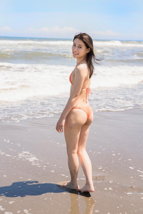【江藤彩也香キャプ画像】スレンダーボディにプリケツがエロい元アイドル 60