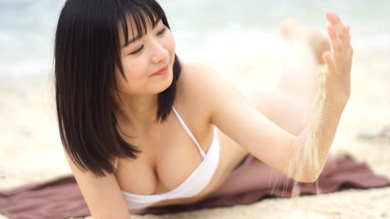 【倉沢しえりキャプ画像】笑顔が可愛いFカップ巨乳の童顔お姉ちゃん!