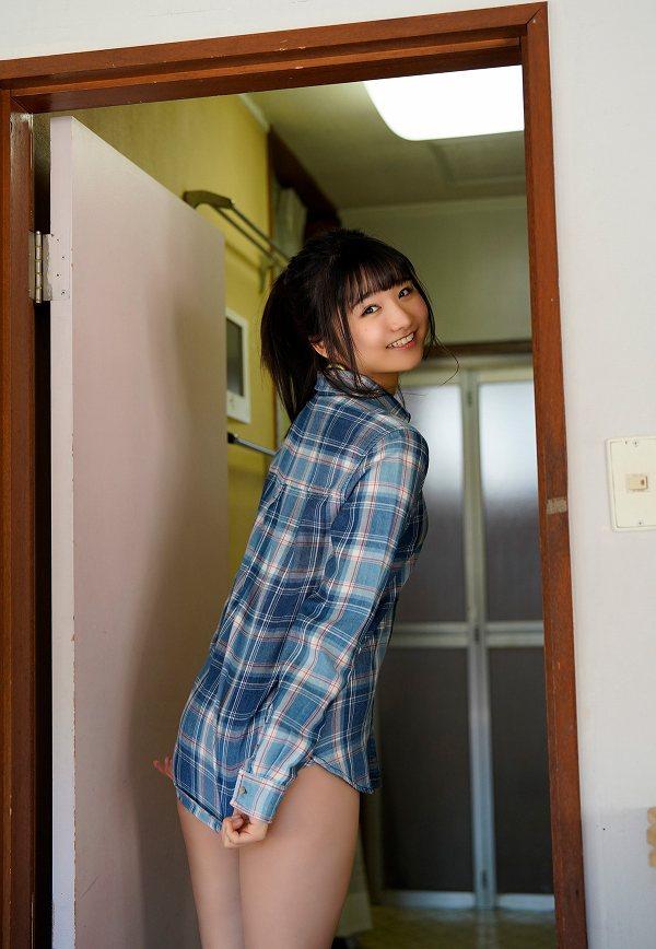 【倉沢しえりキャプ画像】笑顔が可愛いFカップ巨乳の童顔お姉ちゃん! 62