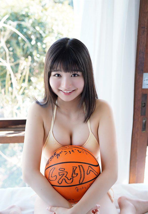 【倉沢しえりキャプ画像】笑顔が可愛いFカップ巨乳の童顔お姉ちゃん! 68