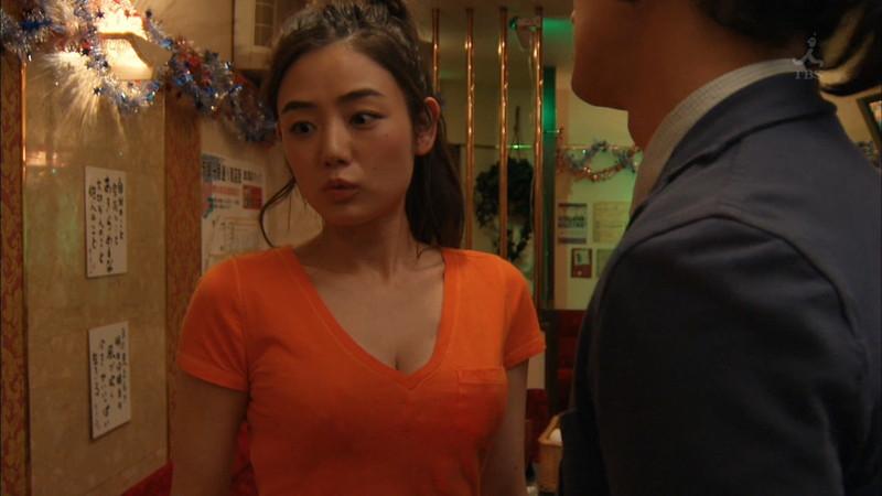 【片山萌美濡れ場画像】女優でタレントでグラドルもやってるGカップお姉さん 20