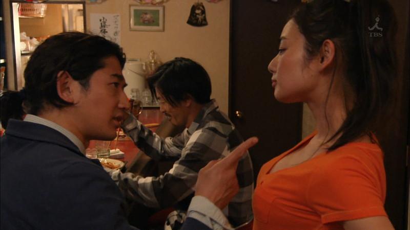 【片山萌美濡れ場画像】女優でタレントでグラドルもやってるGカップお姉さん 23