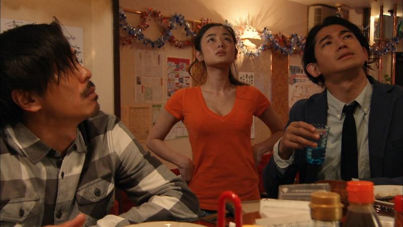 【片山萌美濡れ場画像】女優でタレントでグラドルもやってるGカップお姉さん 24