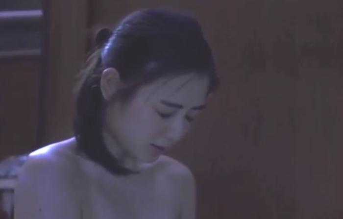 【片山萌美濡れ場画像】女優でタレントでグラドルもやってるGカップお姉さん 67