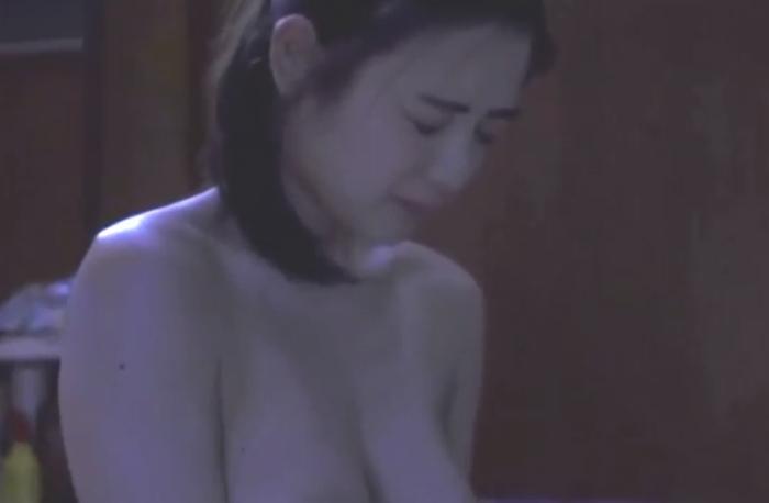 【片山萌美濡れ場画像】女優でタレントでグラドルもやってるGカップお姉さん 68
