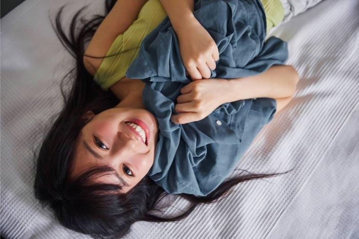【齊藤京子グラビア画像】ビキニを着けると案外大きなおっぱいにドキドキ! 23