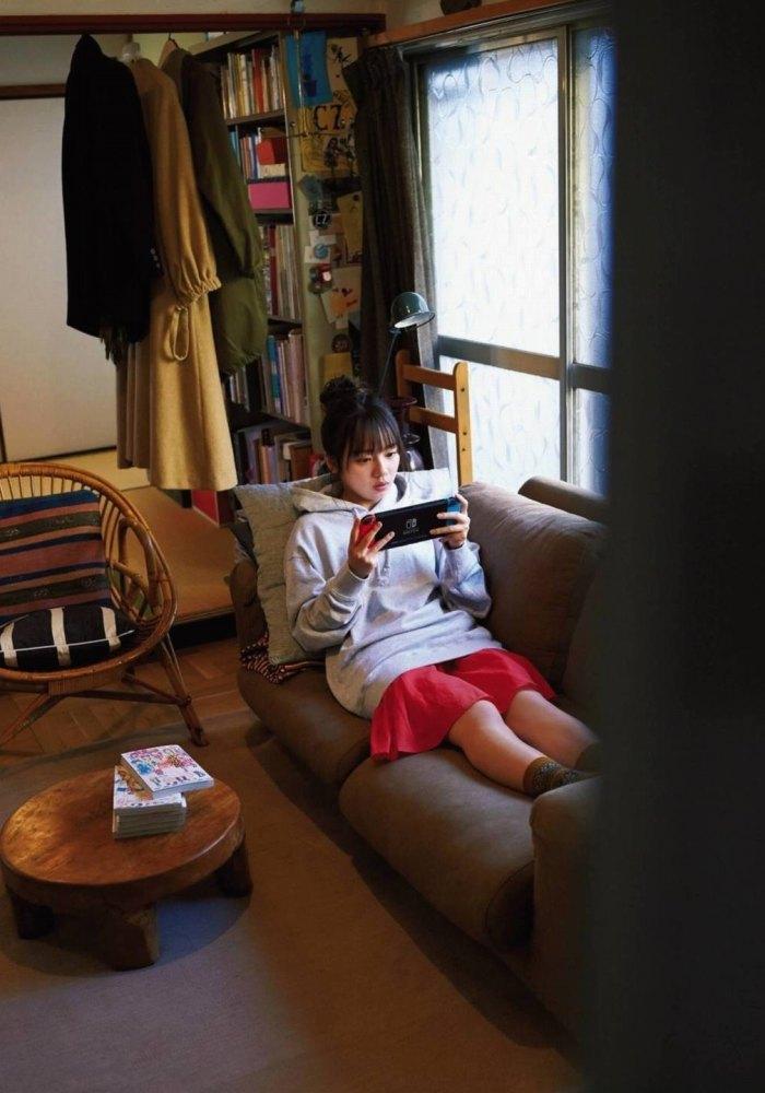 【齊藤京子グラビア画像】ビキニを着けると案外大きなおっぱいにドキドキ! 32