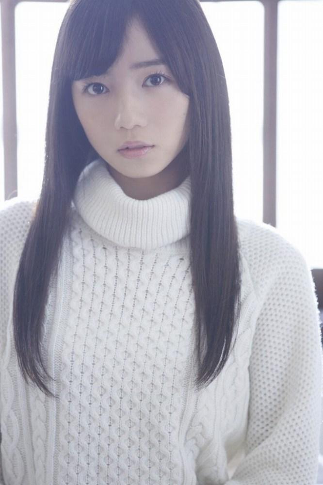 【齊藤京子グラビア画像】ビキニを着けると案外大きなおっぱいにドキドキ! 78